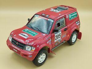 1/18 Mitsubishi Pajero Rallye Raid Tunisie 2002 Solido ref: 9022 No Box