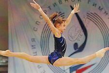 VIKTORIA KOMOVA *RUS*  > 2 x 2. Olympics 2012 / GYM - sign. Foto