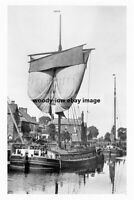 pt1984 - Sailing Barge at Stainforth , Yorkshire - photograph 6x4