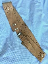 Brown Tan Suede Leather Flower Hippy Buckle Belt Fabulous Item