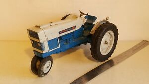 Hubley Ford Commander 6000 1/12 diecast metal farm tractor replica collectible
