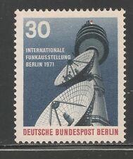 Germany Berlin #9N313 VF MINT LH - 1971 30pf Telecommunications Tower, Berlin