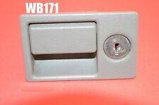 WB171 94-02 CADILLAC DEVILLE ELDORADO SEVILLE GLOVE BOX LATCH HANDLE LIGHT GRAY