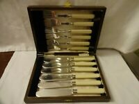 Antique Art Deco Silver Plated EPNS Fish Knives and Forks Cased c.1920 Sheffield