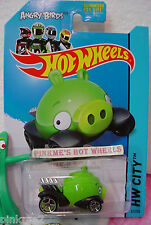 Case C 2014 Hot Wheels ANGRY BIRDS MINION PIG #81 US Team~Green~OINK~Tooned I
