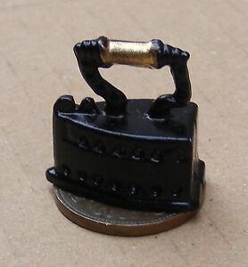 1:12 Scale Victorian Metal Iron Tumdee Dolls House Miniature Kitchen Laundry