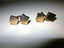 VINTAGE GOLD TONE METAL CUFFLINKS BY SWANK,SIDE BY SIDE GOLD TONE SQUARES