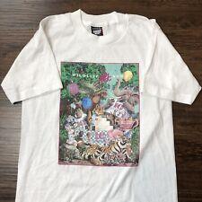 Vintage 90s T Shirt Screen Stars Small Wildlife Art News Animal Graphic Tee