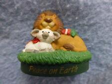 Hallmark Merry Minature Lion Lamb peace on earth 1995