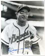 Roberto Vargas (D.) Signed 8x10 photo w/ 1955 Milwaukee Braves INPERSON