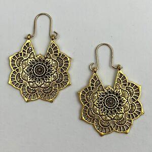 Boho Floral Drop Dangle Earrings Gold Tone Flower Open Work