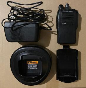 MOTOROLA EX500 AAH38SDC9AA3AN 450-520 MHz UHF Two way radio