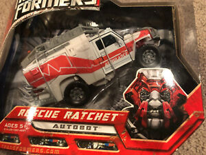 Transformers Rescue Ratchet. Autobot. New W Box