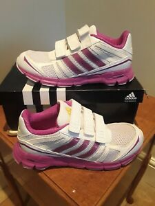 Adidas Adifast Ladies Girls Trainers size 3 uk BNIB ( Ref 45 )