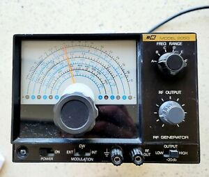 BK Precision 2050 RF Signal Generator - POWER TESTED  GREAT CONDITION