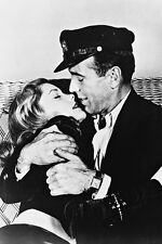 To Have And Have Not Humphrey Bogart Embraces Lauren Bacall 11x17 Mini Poster