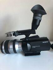 Sony NEX-VG10 (32 GB) High Definition Camcorder w/18-200 lens - mint - + Tripod