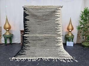 "Moroccan Handmade Kilim Zanafi Rug 5'x7'8"" Berber Striped White Black Carpet"