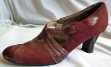 VINTAGE 1930s RED SUEDE & LEATHER SHOES Size 7 1/2 Art Deco