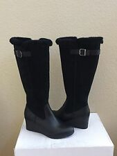 UGG MISCHA BLACK WATER / SNOW PROOF LEATHER WEDGE BOOT US 8 / EU 39 / UK 6.5