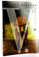 V., Thomas Pynchon, First Perennial Classics Edition 1999