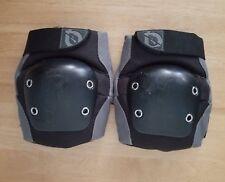 SIXSIXONE black & gray knee pads. Youth dj knee pads w/ sleeves. 661