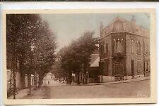 CP 02 Aisne - Vervins - Avenue de la Gare et Rue de Guise