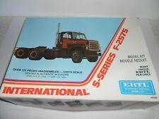 ERTL 8028 International S-Series F-2575. 1:25 scale. Plastic kit. NEW old stock