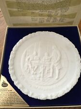 "Fenton Bicentennial White Plate 2 in the Series ""A Portrait of Liberty"" w/box"