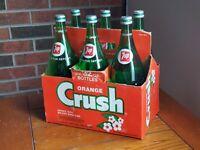 Orange Crush Soda Six Pack Carrier and 6-32 OZ 7up Bottles, Vintage.