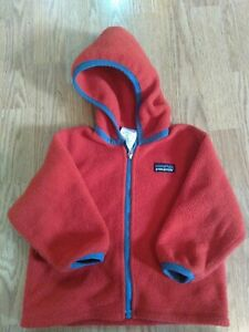 Red Patagonia unisex Synchilla Fleece Hoodie Sweater Jacket baby 18M