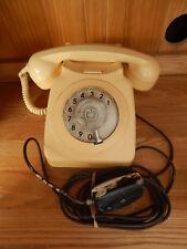 Retro Ivory Tele 8746 F British Telecommunications Telephone. Unconverted. A919