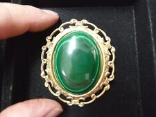 (BR-401) green Malachite gemstone gold scrolled filigree oval brass pin pendant