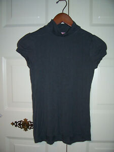 Fleurish girl's gray high neck short sleeve top size XL