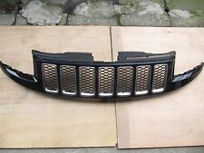 JEEP GRAND CHEROKEE 2014-16 SRT Type Grille Assembly Gloss Black Chrome Ring