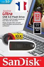 Clé USB 3.0 SanDisk Ultra 32 Go avec une vitesse de lecture allant jusqu'à 100Mb