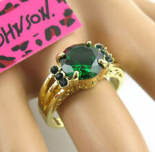 BETSEY CLASSIC RING >> SIZE 9 <<  C/S & H AVAILABLE   (10595)