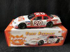 2005 Tony Stewart #20 Home Depot/ Kaboom 2005 Monte Carlo Elite 1:24