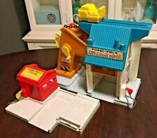 Fisher-Price LIFT & LOAD Depot Lumber Yard Little People Vintage Toys #942 #944