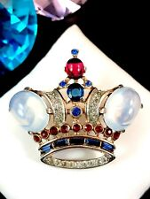 1944 TRIFARI STERLING OPAQUE CABOCHON RUBY RHINESTONE ROYAL KING CROWN BROOCH