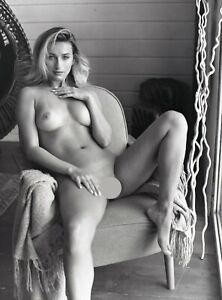 na059 beautiful nude girl original black and white medium format film negative
