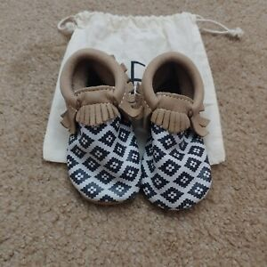 Freshly Picked Tribal Moccasins Size 6