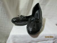 Fila black slip-on dress shoes Women's Size 9.5