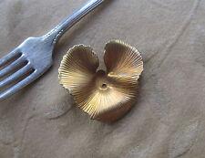 8 Vintage metal leaf beads,antique brass,40mm