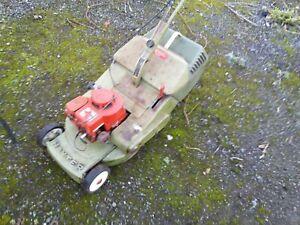 Hayter 48 vintage petrol roller mower. Briggs & Stratton.