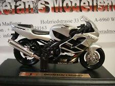 Honda CBR 600 F4 I - Silver 1:18 Maisto