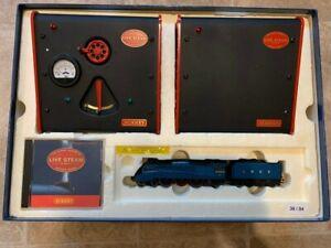 Hornby Live Steam Mallard Set
