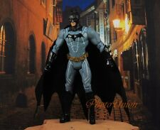 Mattel DC Comics Batman Begins Dark Knight Bruce Wayne Action Figur Modell K899