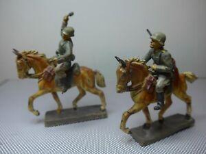 Militär -Elastolin_Lineol-2 Soltaten auf Pferd--4Teile