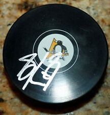SIDNEY CROSBY PITT PENGUINS SIGNED AUTHENTICATED AUTOGRAPHED HOCKEY NHL PUCK COA